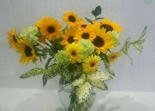 院内に飾っているお花の画像